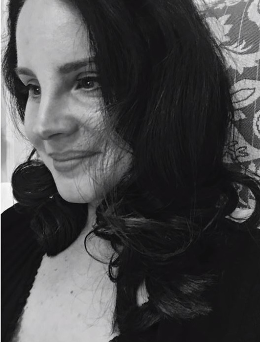 L'éphéméride du 11 janvier - Hope is a dangerous thing for a woman like me to have - but i have it. Lana Del Rey