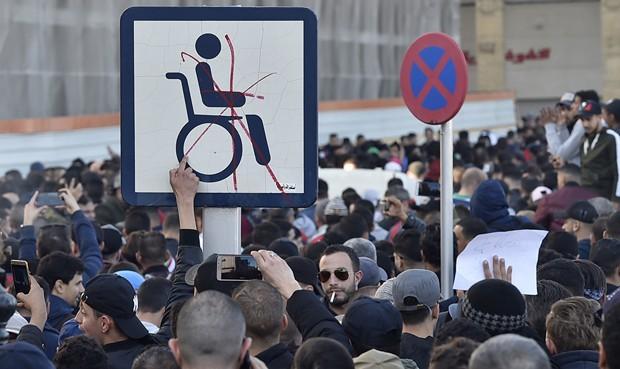 Le mouvement contre le 5ème mandat, prélude d'une recomposition politique en Algérie ? Entretien avec Omar Benderra -