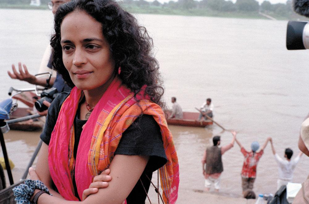 Réflexion - Réimaginer un monde au-delà du capitalisme et du communisme, par Arundhati Roy -
