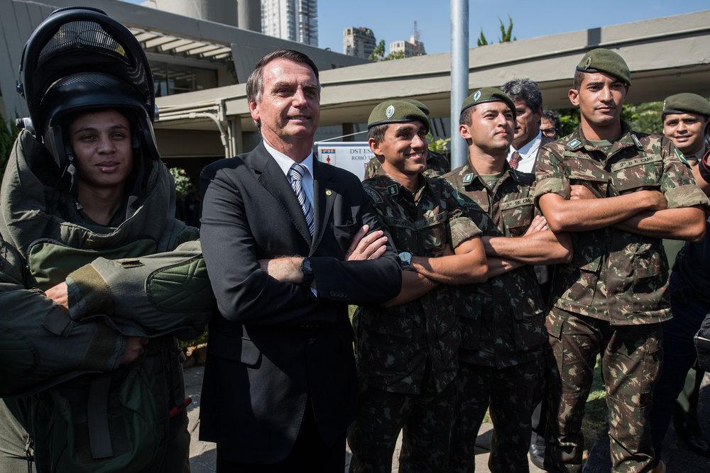 Rétro - Jair Bolsonaro a ordonné une célébration du coup d'État militaire de 1964 ! -