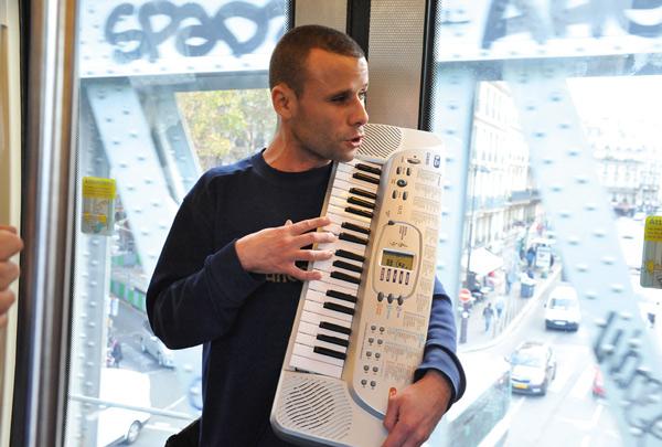 Musique - Se faire une ligne avec Mohamed Lamouri ? Oui, mais la 2… -