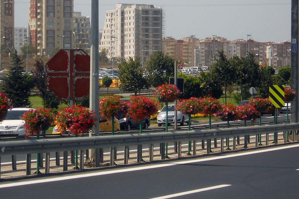 140405_Istanbul Landscaping16.jpg