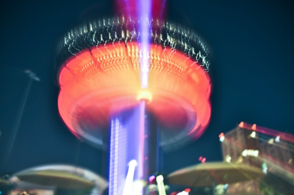 Jay McIntyre Photography CN Tower Zoom