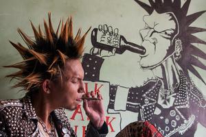 punk rock burma htet t san