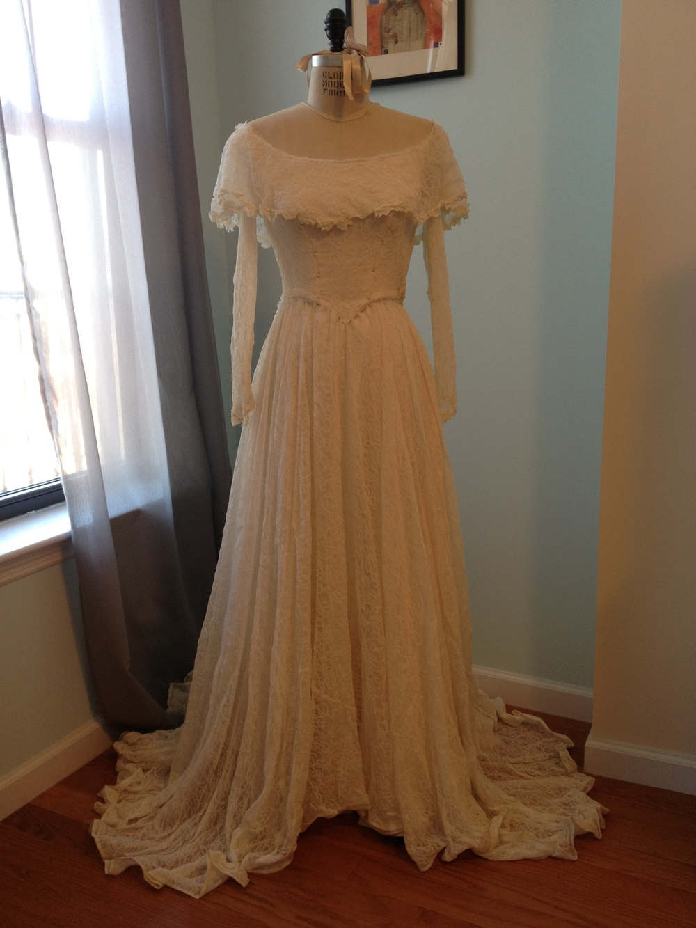 Vintage 1940's gown worn by bride's grandmother