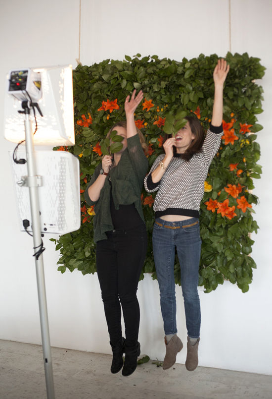 Photo booth by our friends at  Smilebooth . Floral wall by Field & Florist.  Photos by Bri Emery of  Designlovefest .