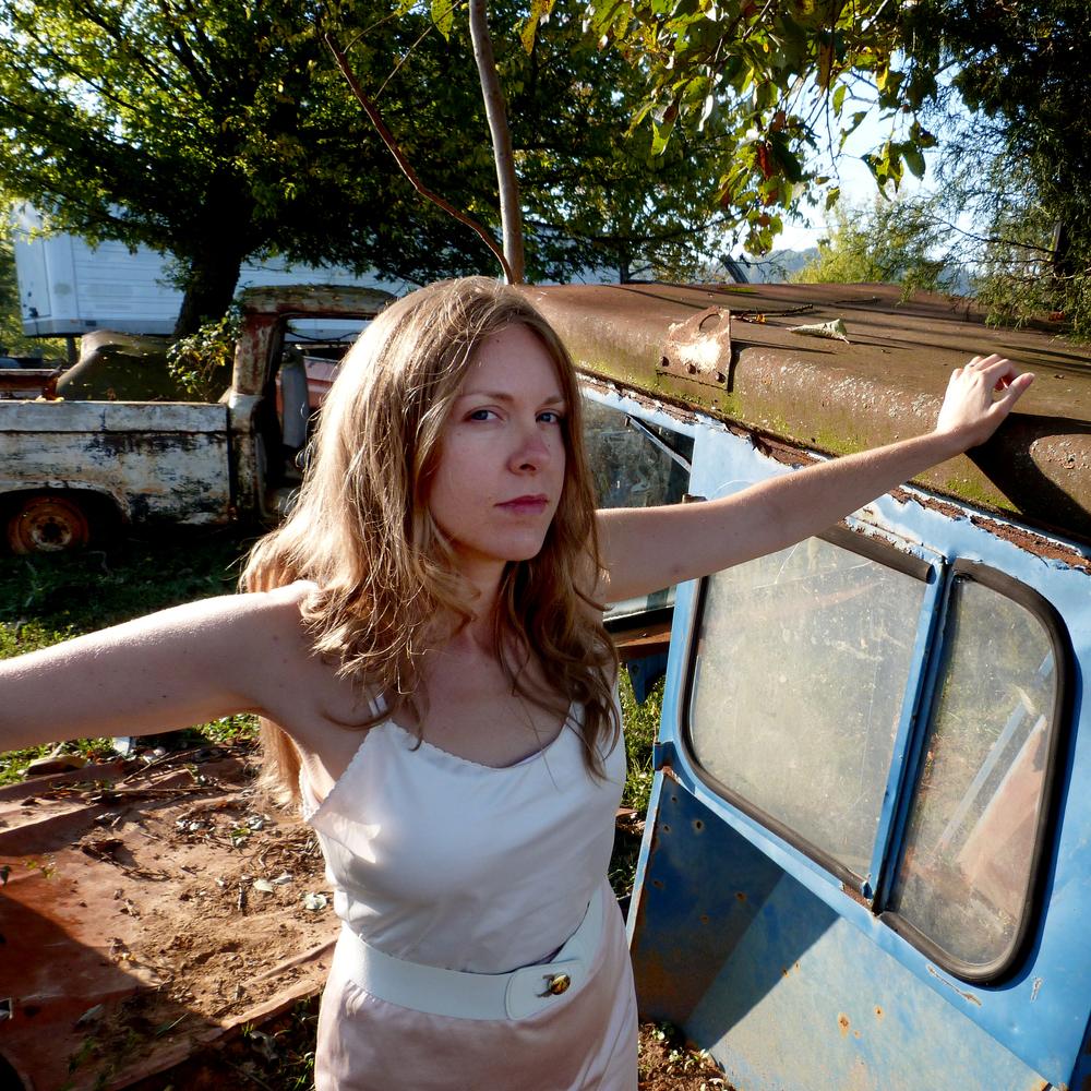 AngelaJames_byJordanMartins02.jpg