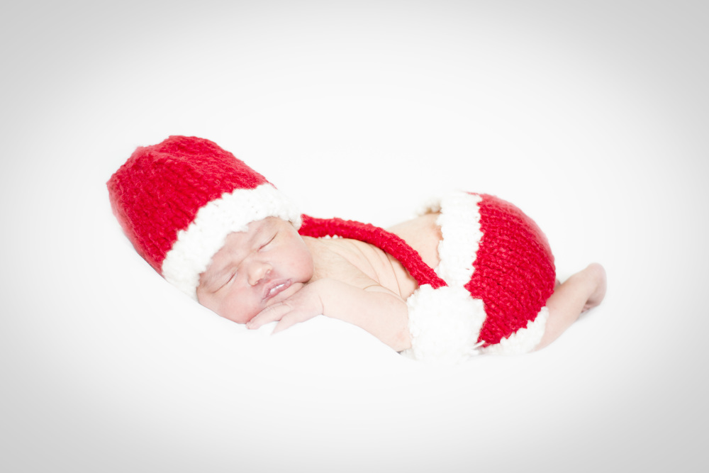 What a year - '13 may be unlucky for some, but this year has brought so many friends, experiences and opportunities that i count my blessings daily. Merry Christmas from www.JuliaBroad.com and baby Penelope - 2 days old.