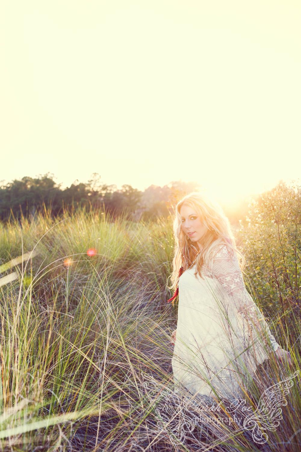 sarahpoephotography.Elise.2014 (10 of 20).jpg