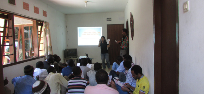 2013-refugee-info-sessions-1.jpg