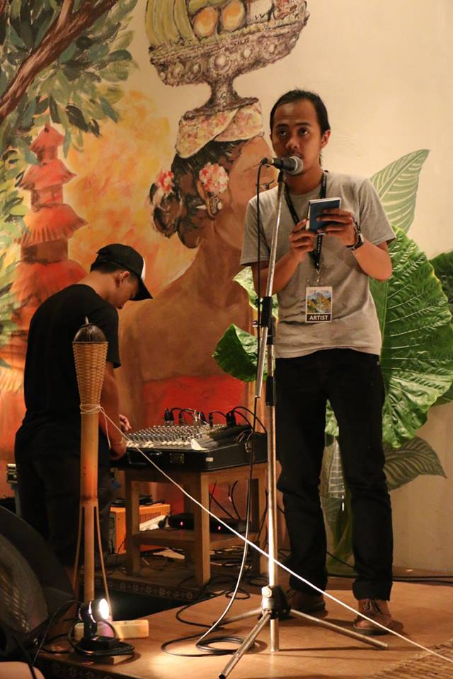 Adimas Immanuel, reciting his adaptation of the 'Passport' into Bahasa Indonesia. Ubud RWF, Bali, October 2015
