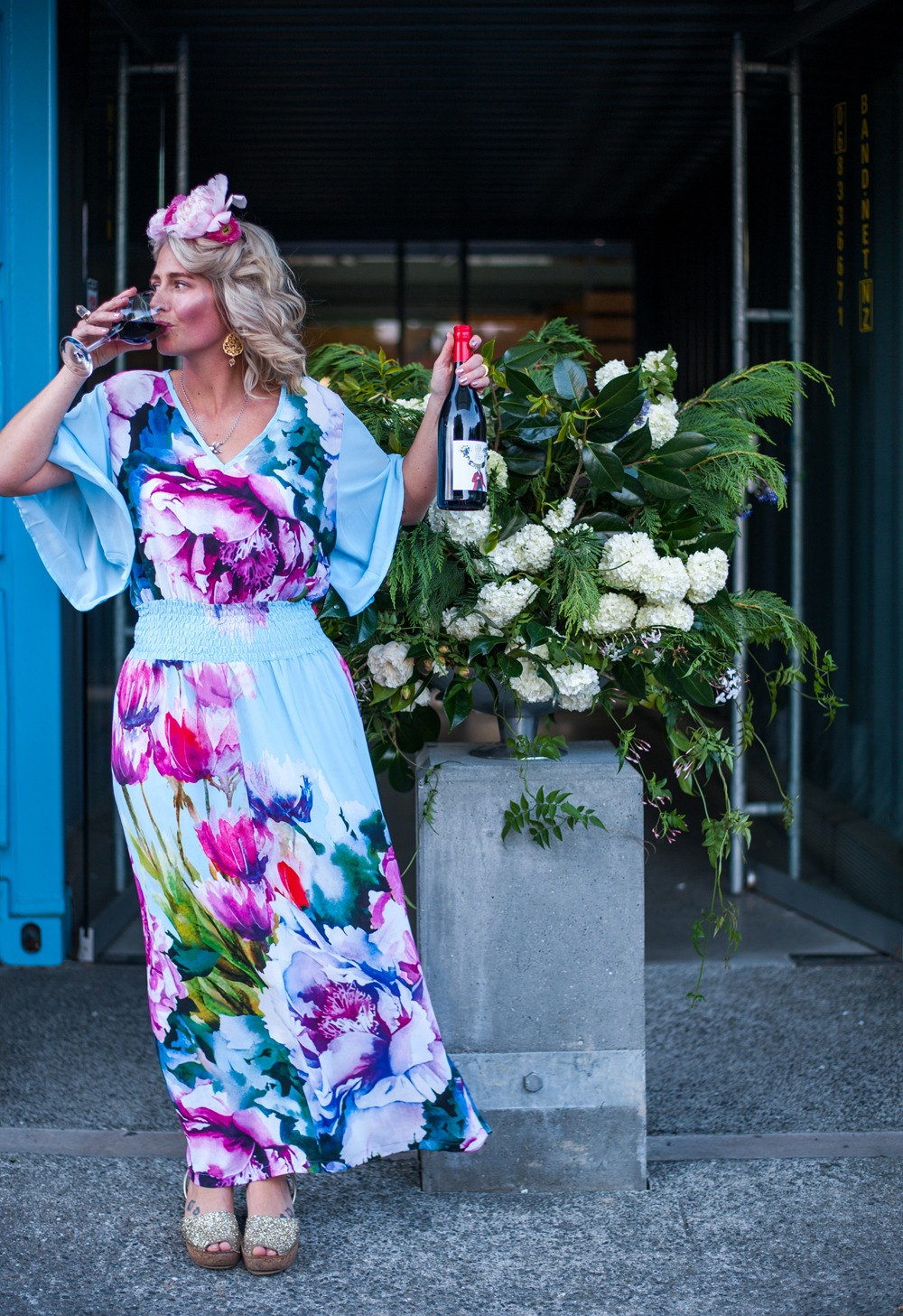 Laura models the Rod McDonald 'Mister' Syrah | photo: Florence Charvin