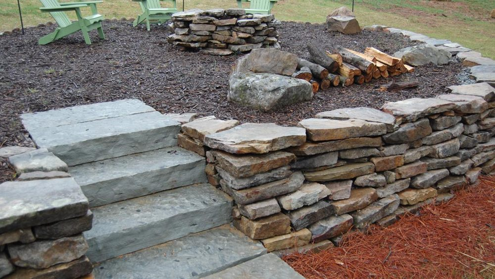 Natural Stone Wall & Fire Pit