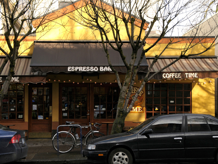 """""""It's hard to believe this is the only """"Coffee Time,"""" not part of a franchise; this place is so lounge-friendly and brightly conceived that you half expect marketing experts to storm in with focus groups."""" -Portland Magazine"""
