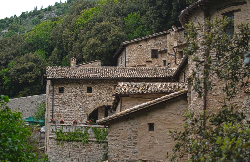 Monastery_HDR2.jpg