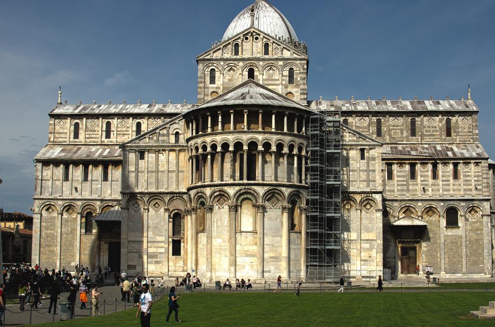 Pisa_Basilica2_HDR2.jpg