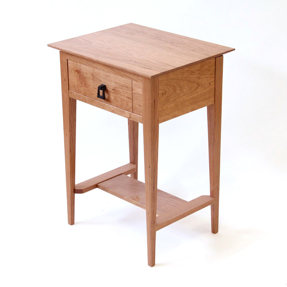 NightGuard End Table   Shaker Style