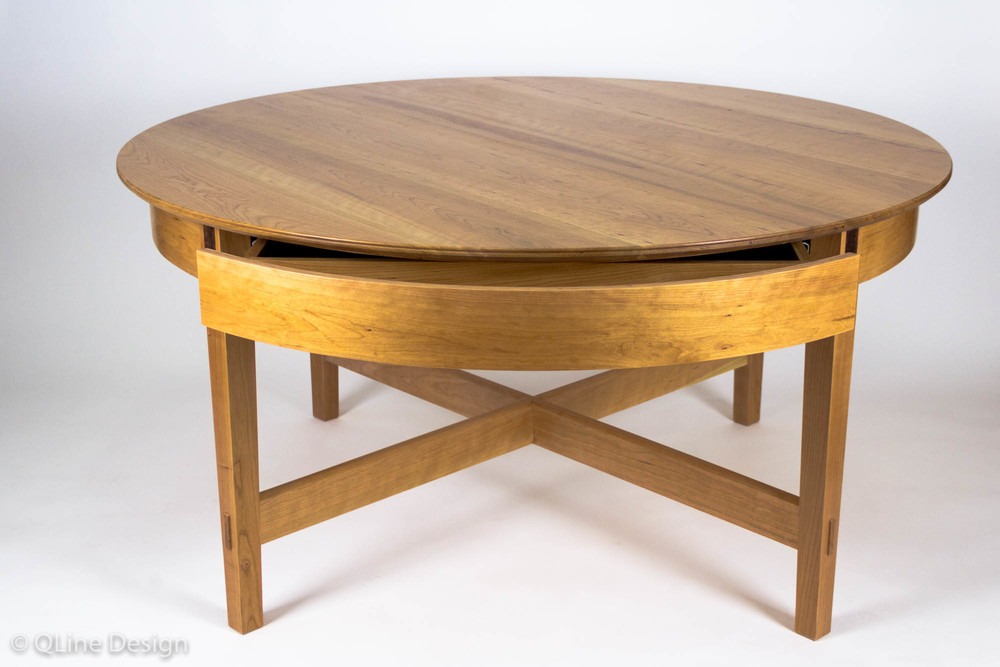 Lovely QLine Rotating Expanding Table