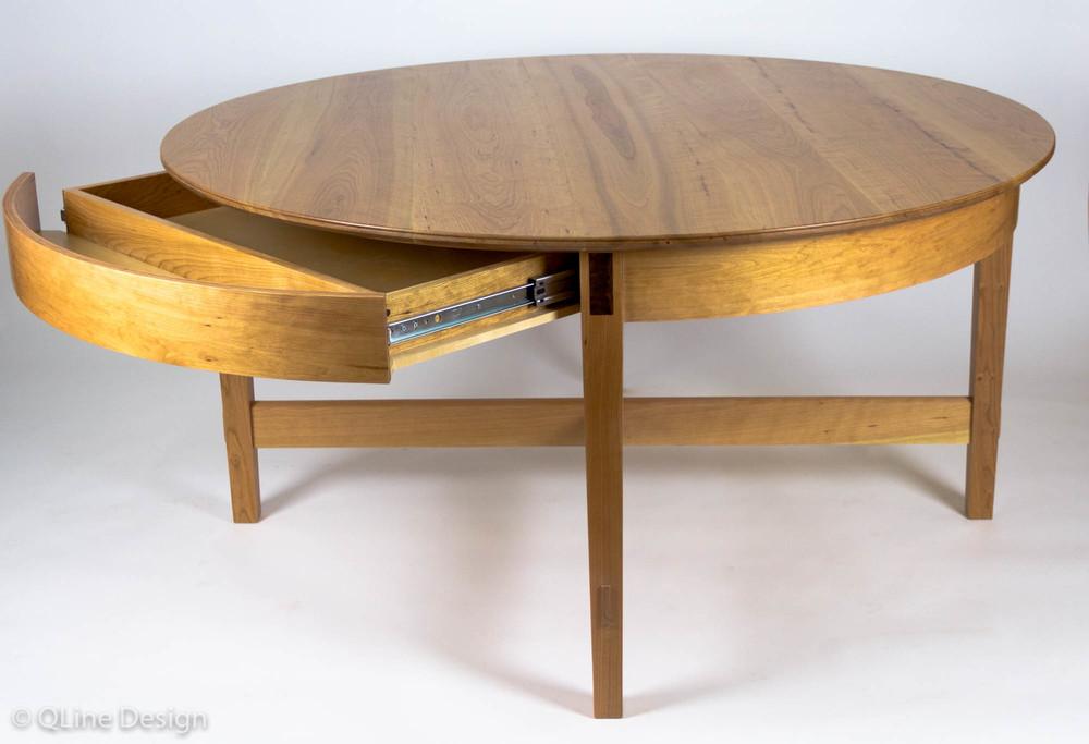QLine Rotating Expanding Table