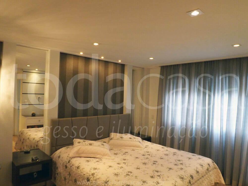 forro-spots-papel-de-parede-luminarias-suite-1.jpg