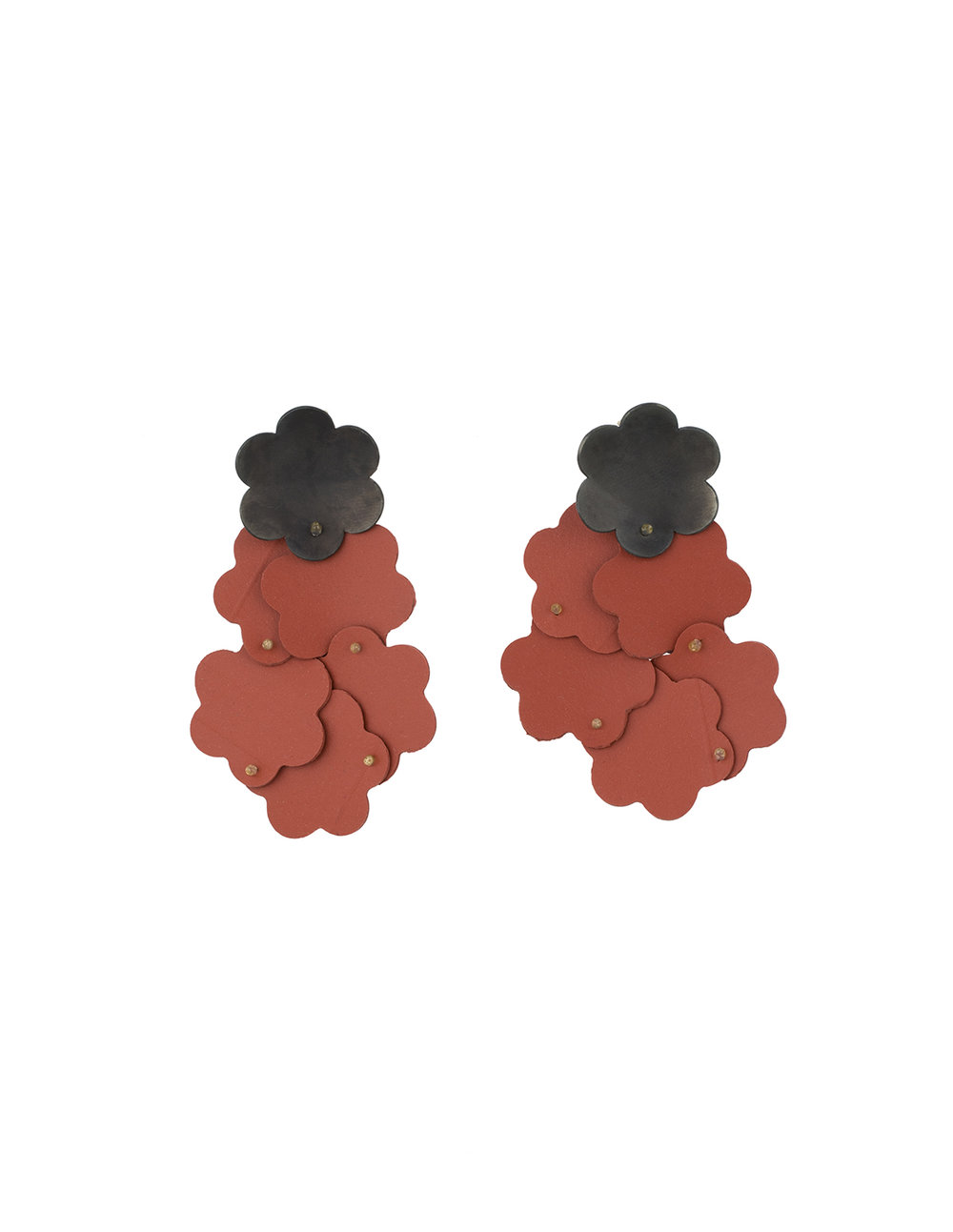 16_maia_leppo_flower_cluster_earrings.jpg