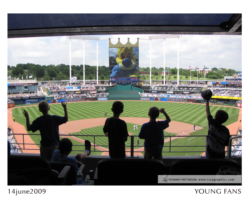 YoungFans_14june2009web.jpg