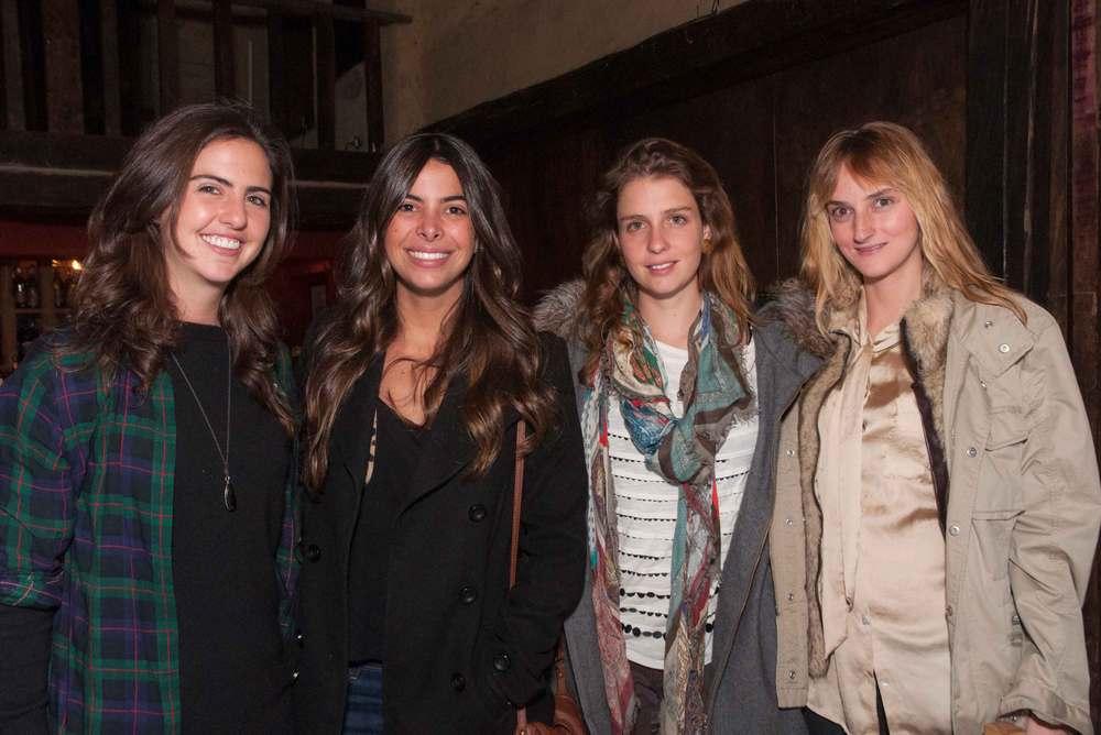 Luisa Blandón, Paula Vivas, María de la T y María Lucia Burali