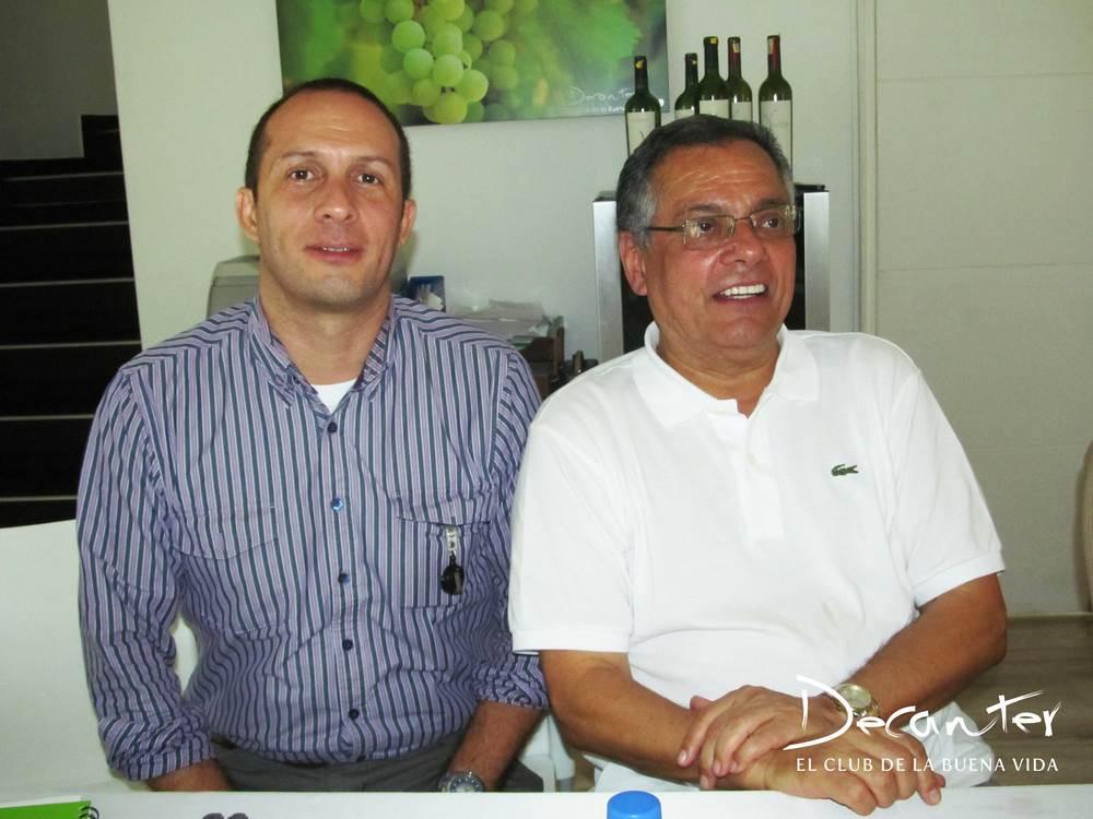 Juan Felipe Quintero, periodista de El Colombiano y Juan Carlos Novoa.