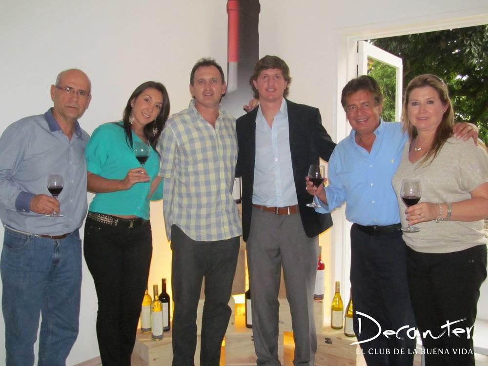 Raúl Caro, Ximena Betancur, Diego Vallejo, Diego Pulenta, José Noé Caro y Victoria Vallejo.