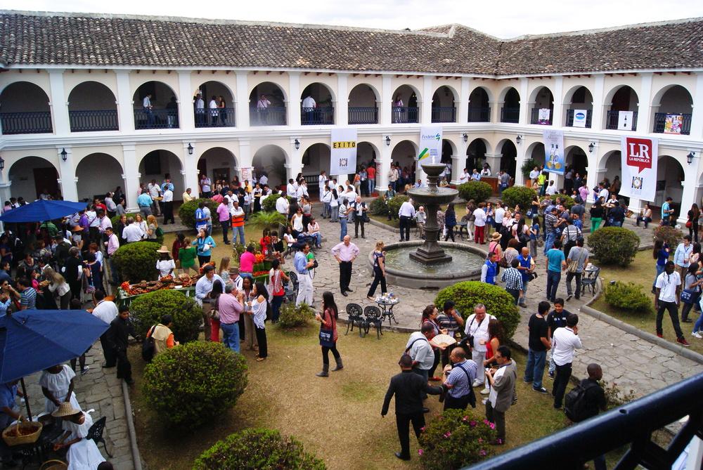 La característica arquitectura de la ciudad blanca de Colombia, se llena de buena mesa durante los primeros días de septiembre con el Congreso Gastronómico de Popayán.