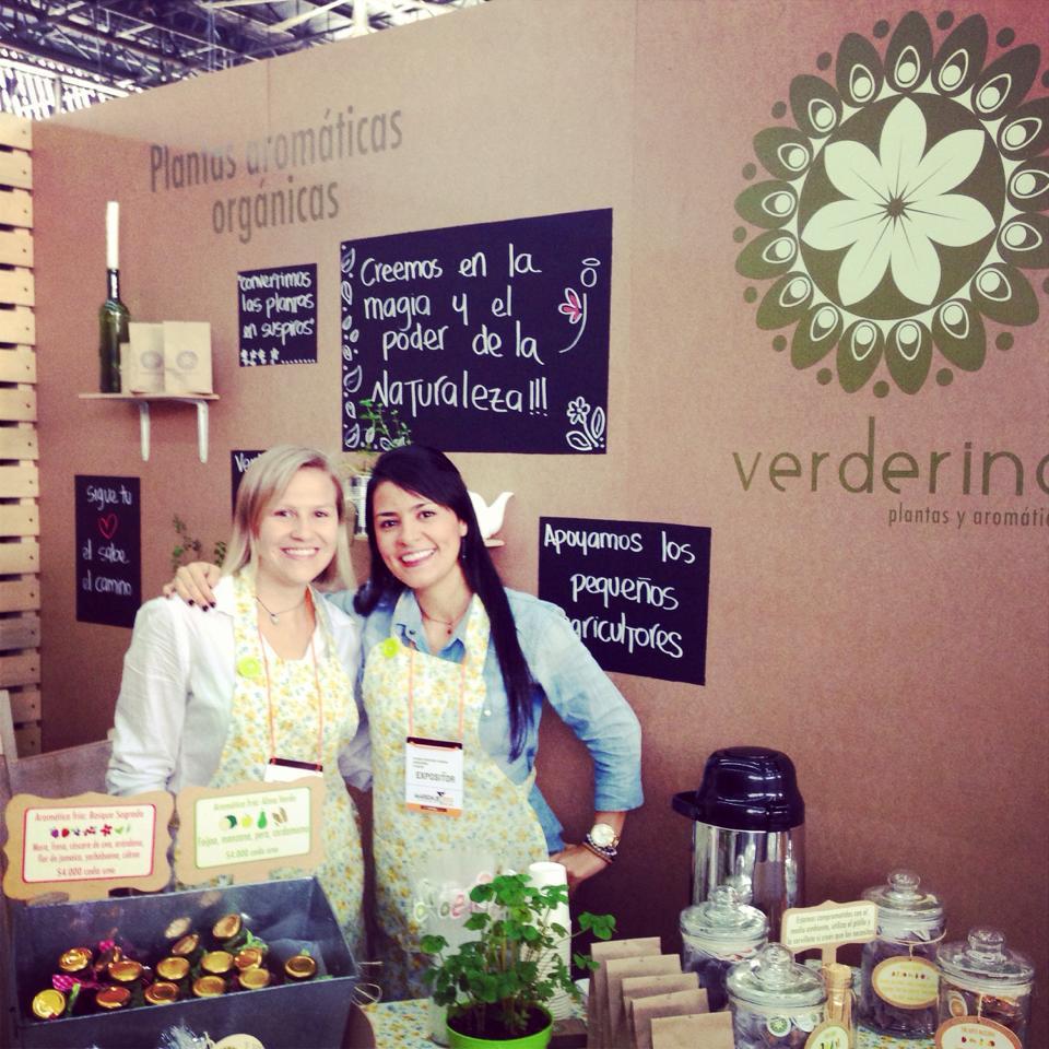 Foto: Facebook Verderina.  Lina Echeverri y Viviana Echeverri, creadoras de Verderina, empresa dedicada a la elaboración de infusiones naturales.
