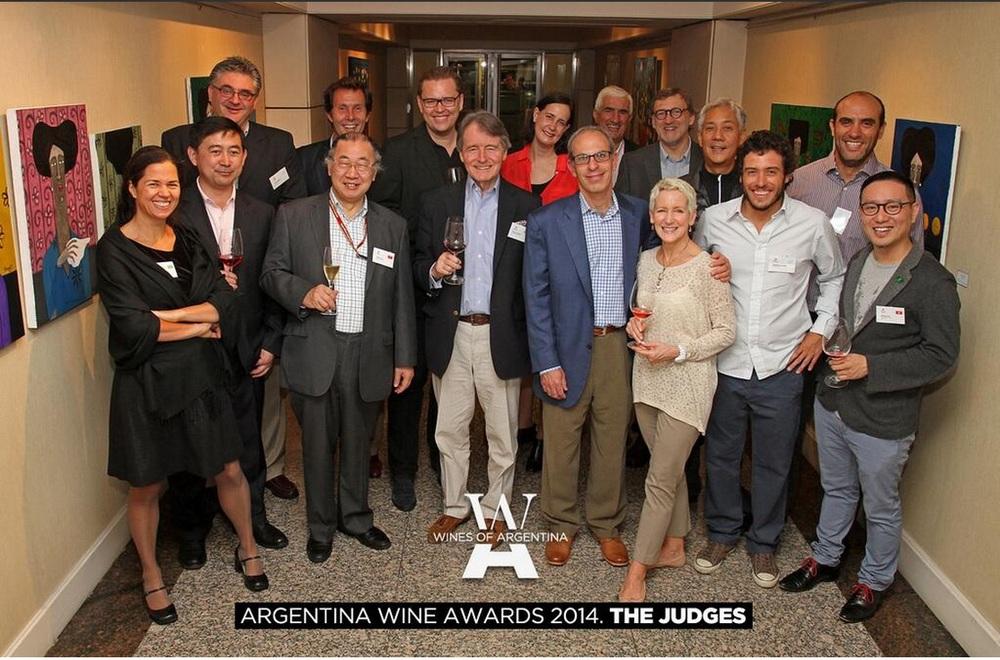 Fotos: Twitter Wines of Argentina.  En total fueron 18 jurados, 12 internacionales y seis nacionales. Para conocer la lista completa visite: www.winesofargentina.org .