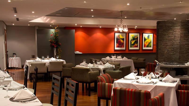 Foto: FB Medellín Gourmet.  Restaurante Spezia, hotel San Fernando Plaza.