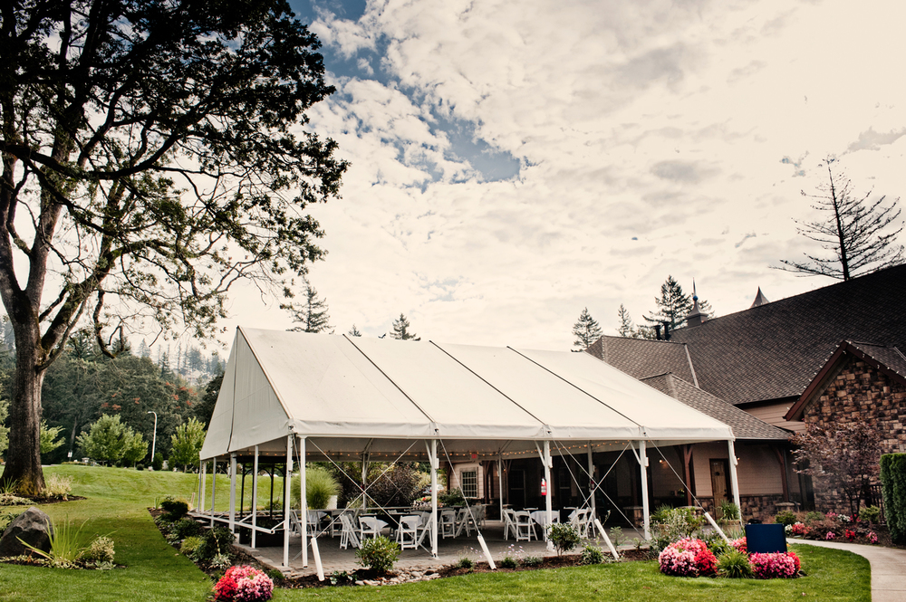 Tented Wedding at The Aerie at Eagle Landing - Wedding Venue Happy Valley, Oregon