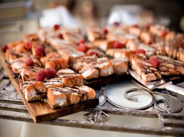 Catering.salmon.jpg