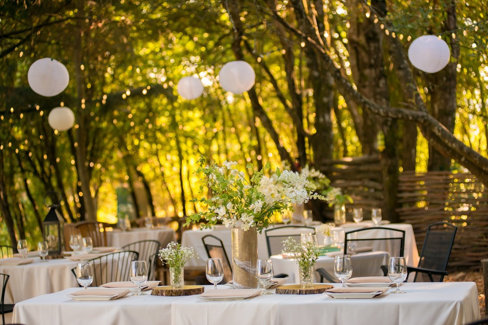 A Rustic Portland Reception in The Cave at The Aerie at Eagle Landing - Wedding Venue Happy Valley, Oregon