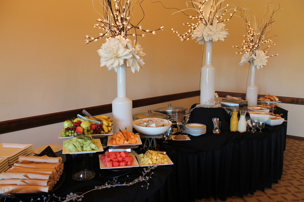 Corporate Event Buffet at The Aerie at Eagle Landing - Wedding and Event Venue Happy Valley, Oregon