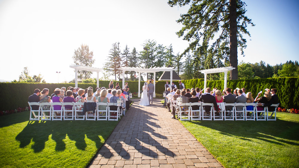 The Bellevue Garden at The Aerie at Eagle Landing - Wedding Venue Happy Valley, Oregon