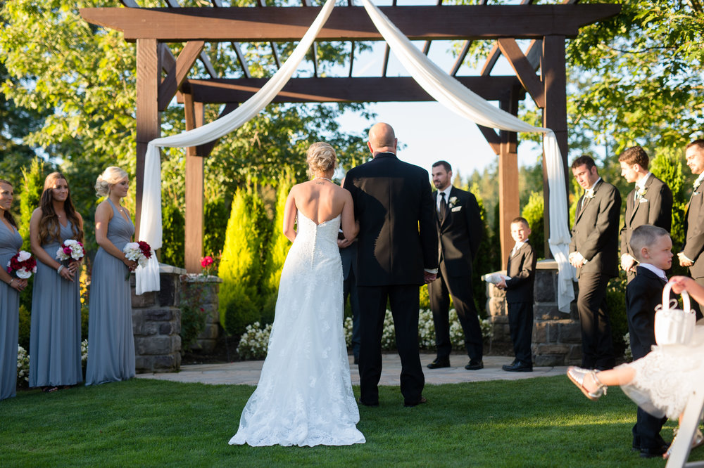 The Belleaire Greens at The Aerie at Eagle Landing - Wedding Venues Happy Valley, Oregon