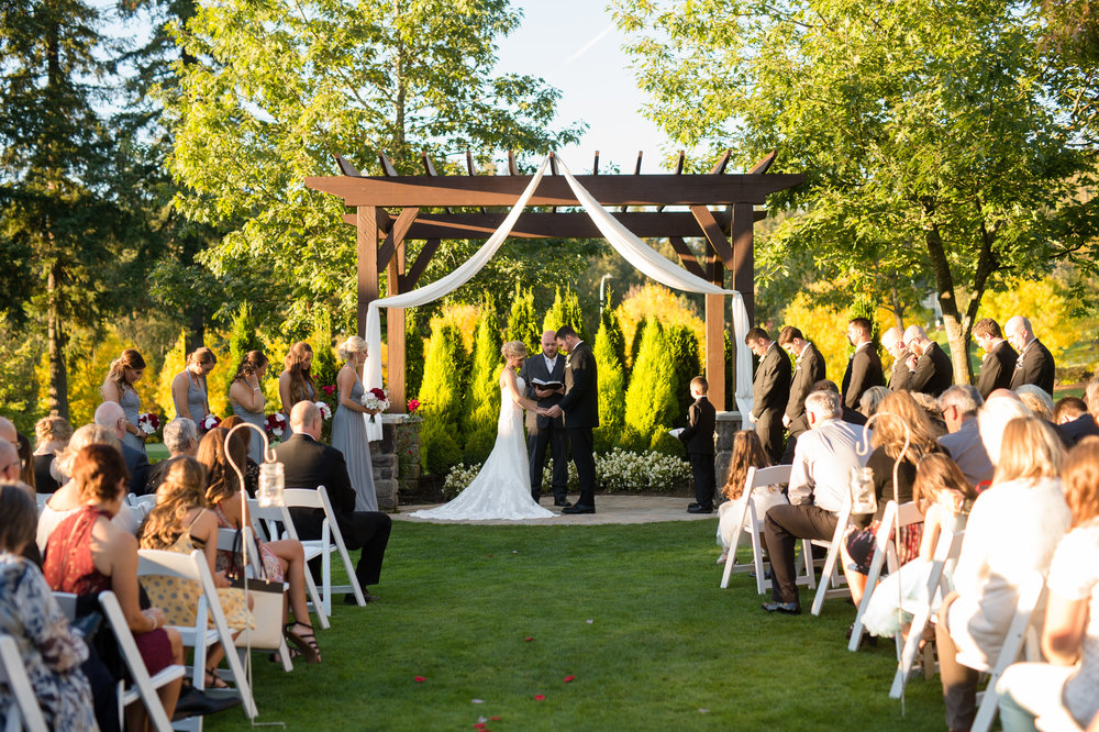 The Belleaire Gardens at The Aerie at Eagle Landing - Wedding Venue Happy Valley, Oregon