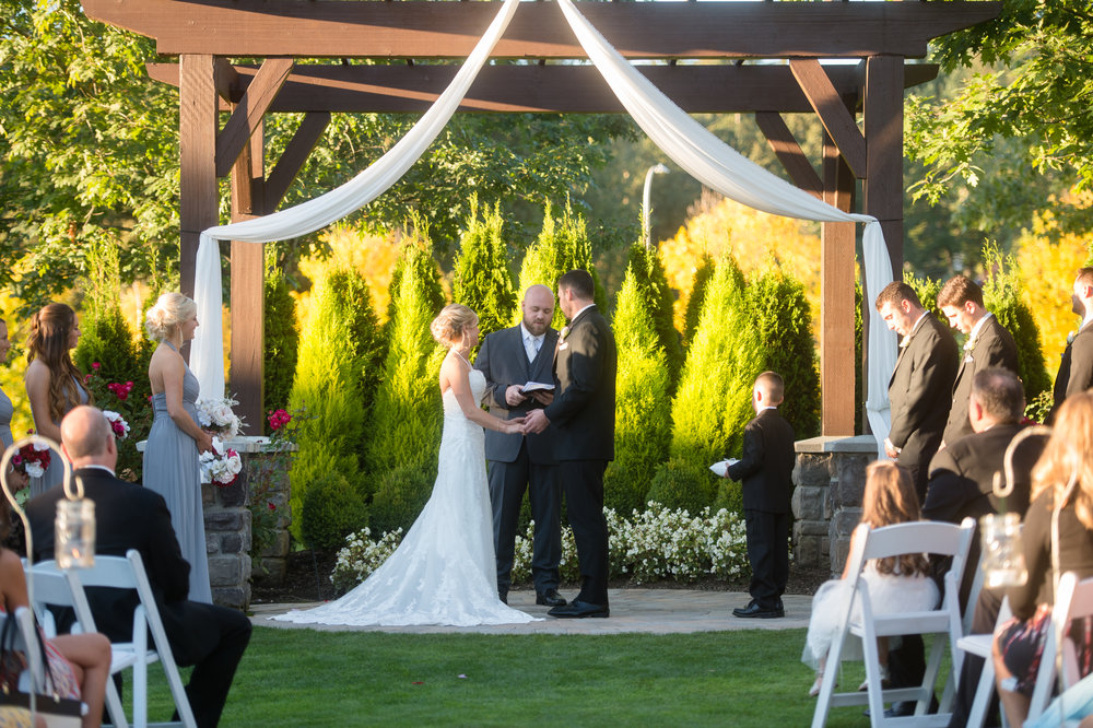 The Belleaire Greens at The Aerie at Eagle Landing - Wedding Venue Happy Valley, Oregon