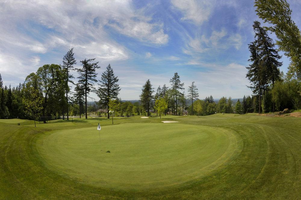 El.Course.GolfFlag.jpg