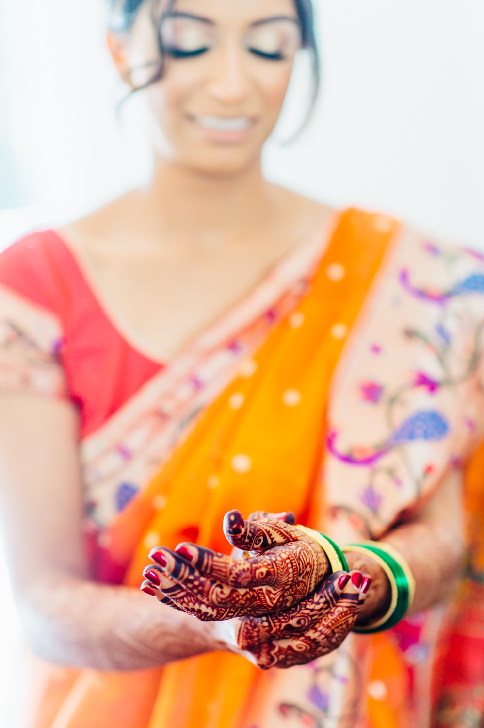 Indian Marathi bride wearing Paithani