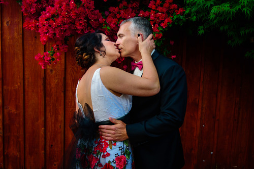 SUSAN & BRETT - A BEAUTIFUL INTIMATE WEDDING