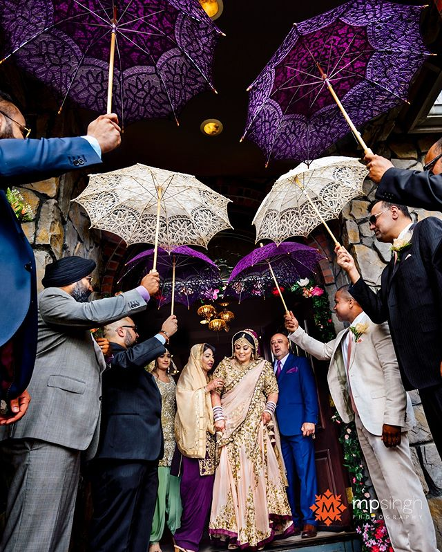 The princess and the parasols... this wedding has also been featured on @bigfatindianwedding , link in the profile,  @amrithadhatt and Adam @fitnesshalpers ,  #halpergotdhatt  #mpsinghphotography @anaisevents @viaggio_estate @wickedentertainment @royalblushstudio @merisakhicreations @tuxedosoflodi #HappilyEverAfter #AdventureAwaits #fusionwedding #punjabiweddinglodi #viaggio #winerywedding #indianweddingphotographerlodi #maharaniweddings #southasianbride #weddingsutra #nikonusa #nikonlove #nikonnofilter