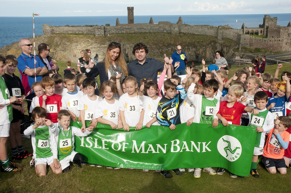 Runners were greeted to glorious conditions in Peel on Saturday. Event kindly sponsored by the Isle of Man Bank.