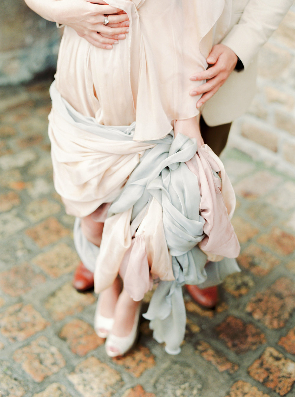 Destination engagement _ engagement in france _ mont saint-michel _ engagement photographer _ france wedding photographer _ 08.jpg