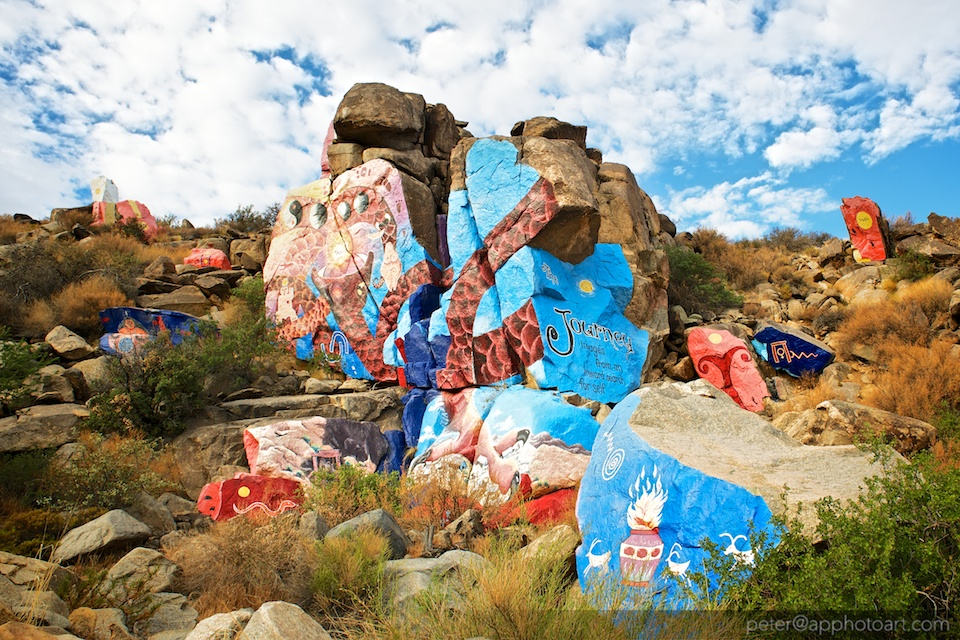 Rock murals in Chloride