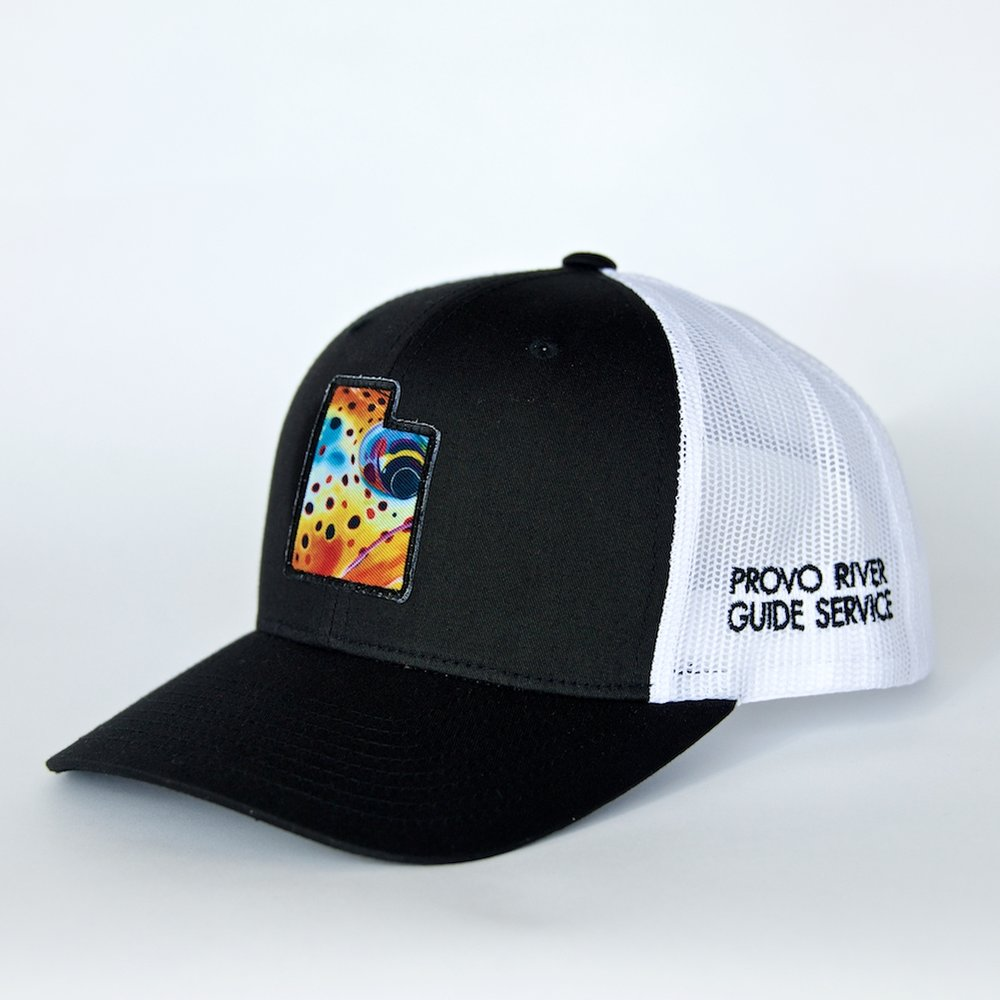 trucker hat | black