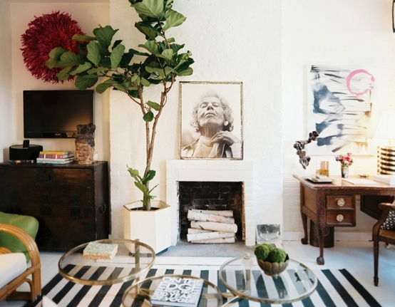 Anna Burke's West Village Apartment  | Photography by Patrick Cline / Art Direction by Michelle Adams, via Lonny Magazine, March/April 2012